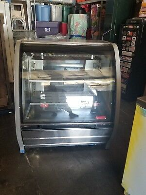 """40"""" Refrigerated Bakery Display Case Torrey TEM-100  Commercial used !!!"""