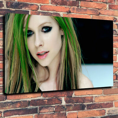 "Avril Lavigne Printed Canvas Picture A1.30""x20"" Deep 30mm Frame Pop Music."