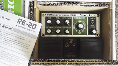 Boss Roland RE-20 Space Echo Pedal