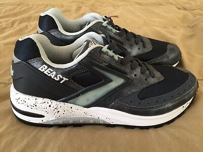 BROOKS HERITAGE BEAST 1 Men s Shoes 110224 1D 053 Blk Wht Blue NIB ... 19f32ac920d