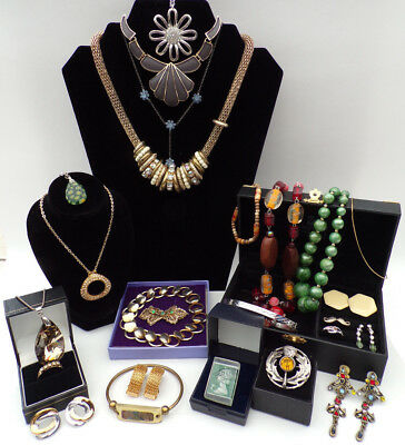 Job Lot Vintage Antique Jewellery Collection Necklaces Brooches 25 items