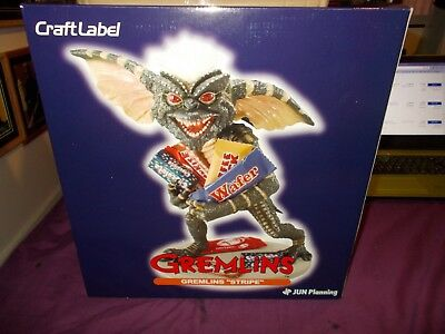 Gremlins  stripe statue  by Jun Planning Craft Label .Rare not  Sideshow