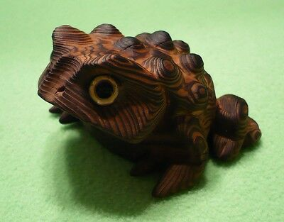 Vintage Japan hand-carved Cryptomeria wood HORNY TOAD w/ cool orangish coloring.