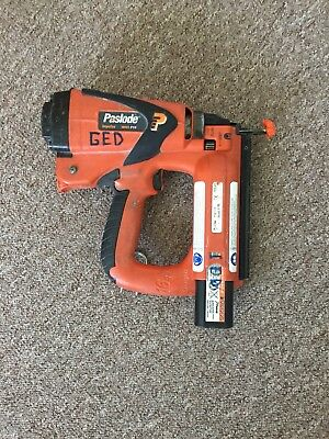 Paslode IM65 F16 Second Fix Straight Nailgun with battery