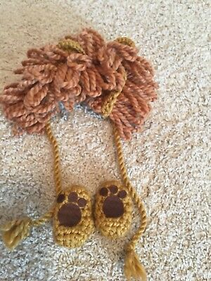 EUC Handmade Lion Infant Photo Outfit - Mane/Hat and Booties