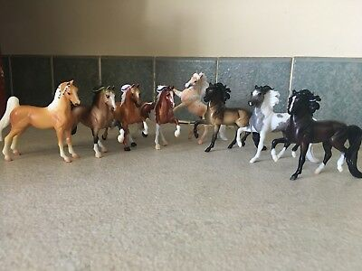 Breyer Stablemates Lot Of 8