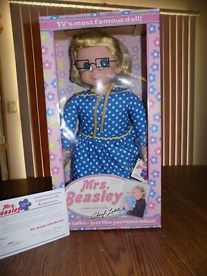 Mrs Beasley Doll WORKS w/ Glasses & Box - Cheryl Ladd Voice - Family Affair 2000