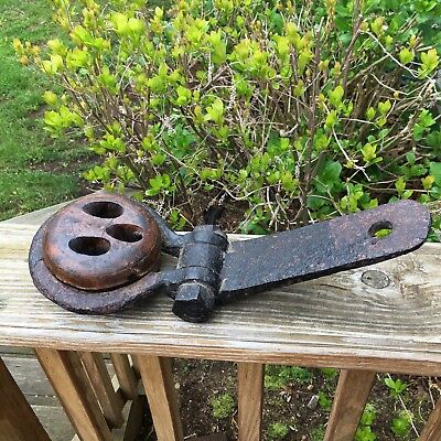 Antique Nautical Sailing Ship Wood Deadeye Pulley Rigging With Cast Iron Bracket