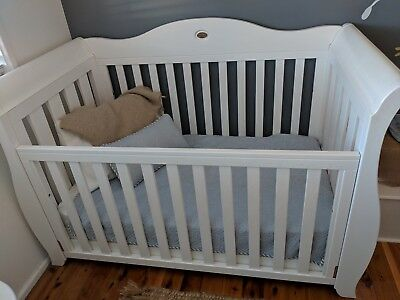 boori royale sleigh 3 in 1cot and mattress
