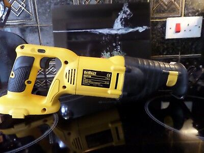 DeWALT DW938 18V Cordless Reciprocating Saw (Bare Unit)