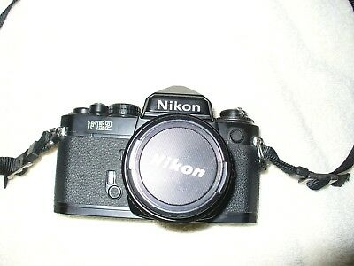 Nikon 35 Mm  Fe2 Camera With Nikon 50Mm 1:1.8 Series E Lens