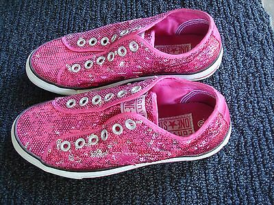 New Converse One Star Women Size 5.5