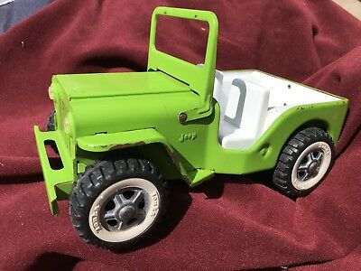 Vintage Tonka Jeep Lime Green 1960's In Good Condition.