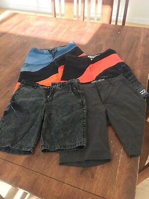 billabong boardshorts Kids Size 14 Boys X 4