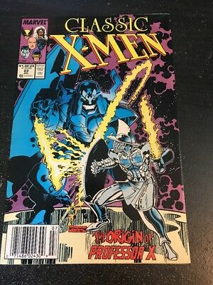 Classic X-men#23 Awesome Condition 8.0(1988) Art Adams Cover, Byrne Art!!