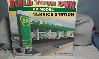 Build Your Own Bp Model Service Station  Snap Together -  New Unopened Inside Pk