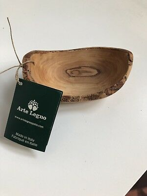 Small Arte Legno bowl. Solid Olive Wood. Made in Italy. New with tags.