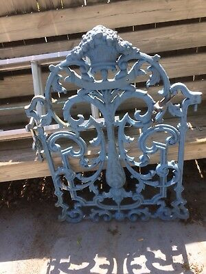 (Very Ornate ) Beautiful Heavy Cast Iron Antique Fence Gate Architectural