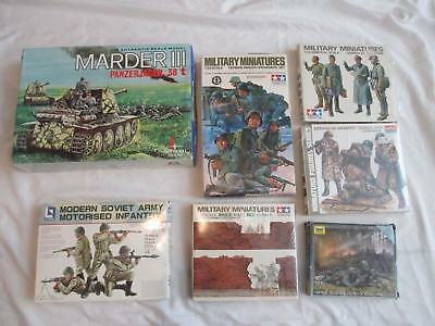 DA6919 Lot of (7) Military Hardware & Personnel Figures MODELS Tank Infantry WW2