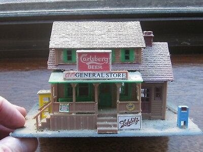 United States Country General Store; Plastic.1960's with Phone Booth. HO Scale.