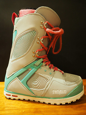 Women's ThirtyTwo Snowboard Boots - Size 9.0 US