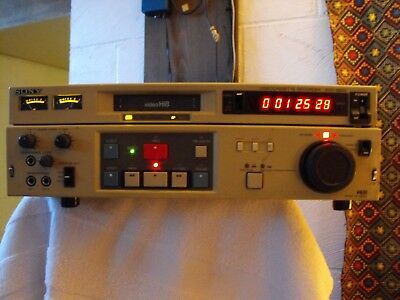 SONY EVO-9800 Professional VideoCassette Hi 8 Player Recorder WORKS!!