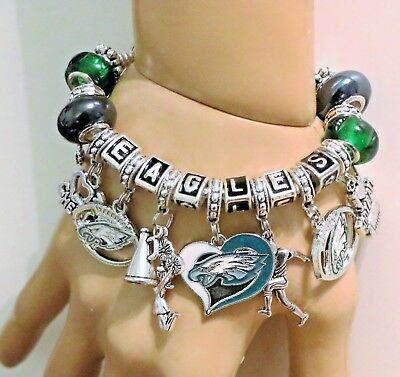 "PHILADELPHIA EAGLES SUPER BOWL 52 HANDMADE FOOTBALL CHARM BRACELET 6 3/4"" Adj,,"