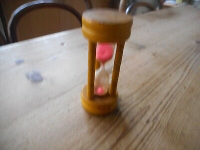 Vintage egg timer,mustard/yellow colour,kitchenalia.