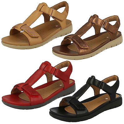 13f638b6f89 Ladies Clarks Leather Unstructured Riptape Casual T Bar Summer Sandal Un  Haywood