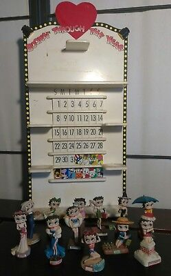 RARE HTF DISCONTINUED BETTY BOOP CALENDAR WITH SET OF 12 FIGURINES by DANBURY