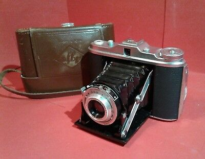 Vintage Agfa Isolette 4.5/85 bellows camera with case Agnar 120 film