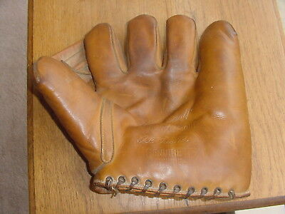 Old Vintage 1930S Harry Craft Baseball Glove By Hutch