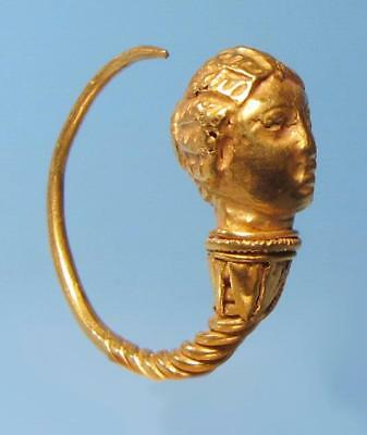 Hellenistic Greek Gold Earring - Ancient Art & Antiquities