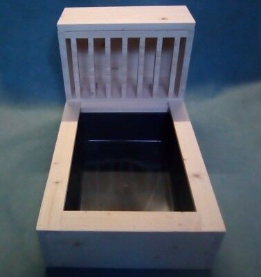 Large 18mm Kiln Dried Pine Wood Rabbit Hay feeder rack + litter tray included