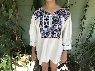 Vintage Mexican Embroidered Blouse Size S/M