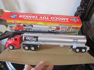 AMOCO 1996 TOY TANKER TRUCK 3rd IN SERIES MINT IN BOX