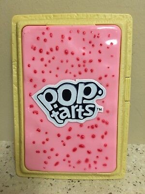 Kellogg's Pop Tarts Container Plastic Travel Box - Pink Frosting