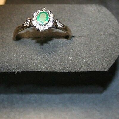 Ladies 9ct Yellow Gold Diamond & Emerald Ring Size S