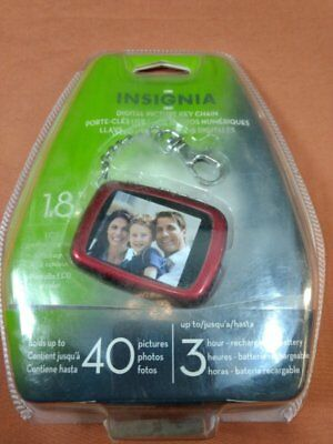 "Insignia DIGITAL PICTURE KEYCHAIN Holds up to 40 photos 1.8"" LCD Red - NEW"