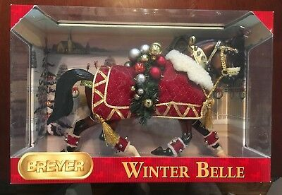 """Breyer Holiday Horse """"winter Belle"""" 2011 Model #700111 Mint In The Box"""