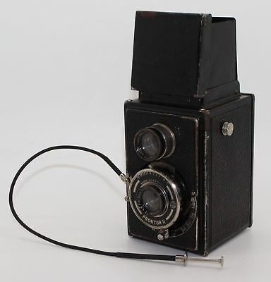 Richter Reflecta 120 Film TLR Camera with Unusual Square Top, Doppel magnifier