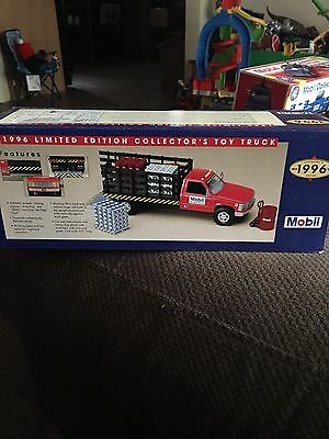 1996 MOBILE TOY TRUCK New In Box