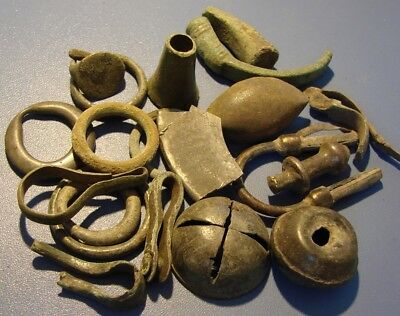 FRAGMENTS OF ANCIENT PRODUCTS. ROME, VIKINGI, SKIFS. BRONZE. 110 gr.
