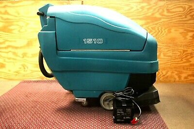 Tennant 1510 Battery Powered 22 inch Carpet Extractor