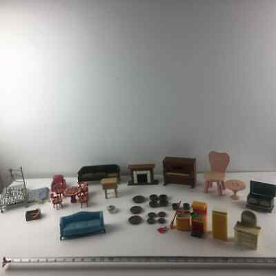 Lot of Vintage Dollhouse Furniture & Accessories
