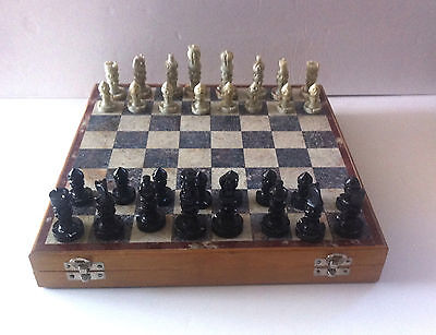 Nice Marbled Style Wood Chess Game With Violet & Grey Velveteen and Box