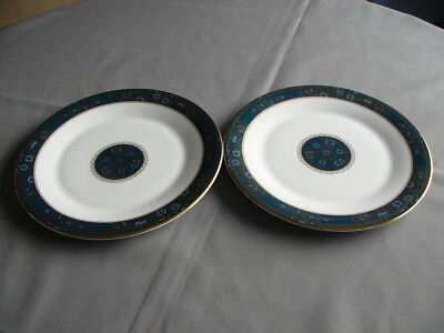 """2 x Royal Doulton First Quality Carlyle 10.5"""" Dinner Plates"""