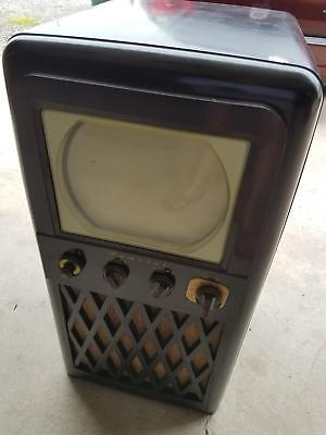 Sweet Mid Century 1948-1950 Admiral 24A12 Brown Bakelite Cabinet TV Television