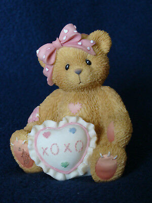 Cherished Teddies - Agatha - Girl With Pillow Exclusive Figurine - 726702 - 1999