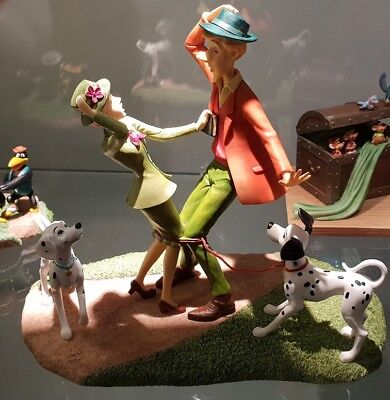 A29031 Just Had To Meet 101 Dalmatians / Dalmatiens Figurine Disneyland Paris